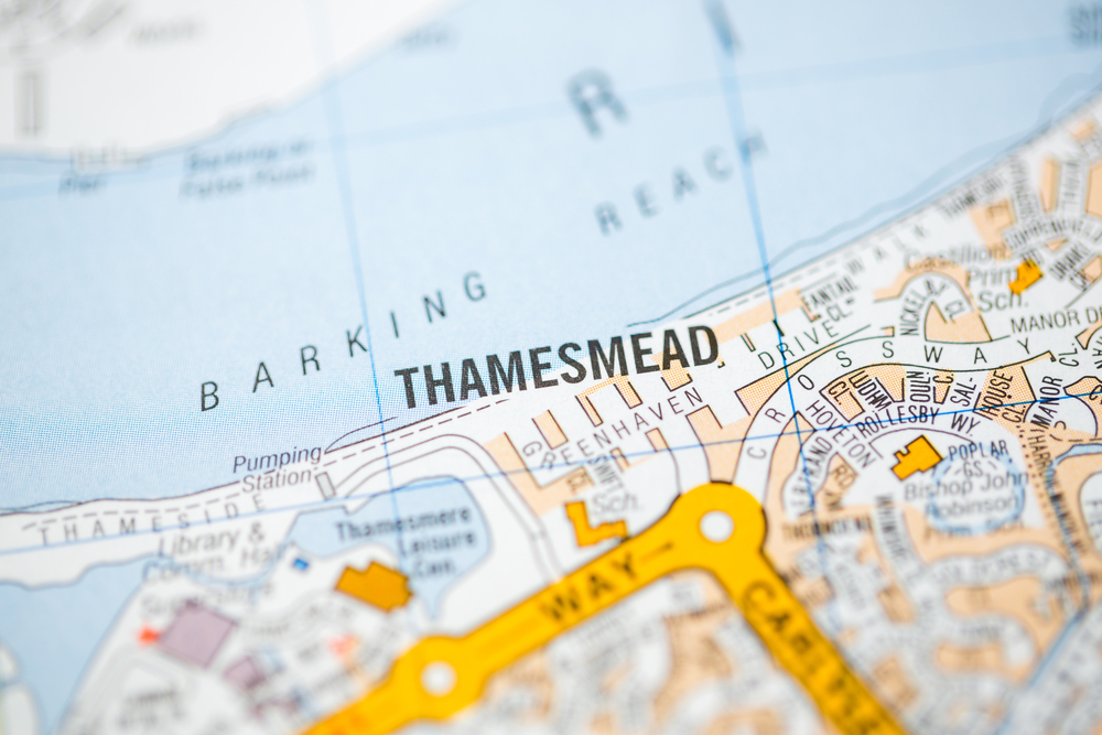 Thousands of new homes promised for Thamesmead Waterfront